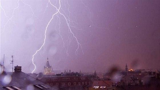 Zvuky hřmění a bouřky